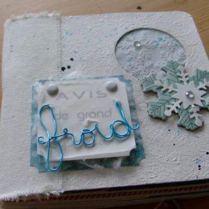 Tutoriel mini-album Avis de grand froid mini-album scrap scrapbooking kit couleurs-en-folie naissance hiver album cartonné