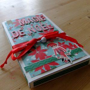 Tutoriel mini-album Magie de Noël scrapbooking scrap Couleurs-en-folie tuto mini-albums album photos cadeau anniversaire naissance mariage noël