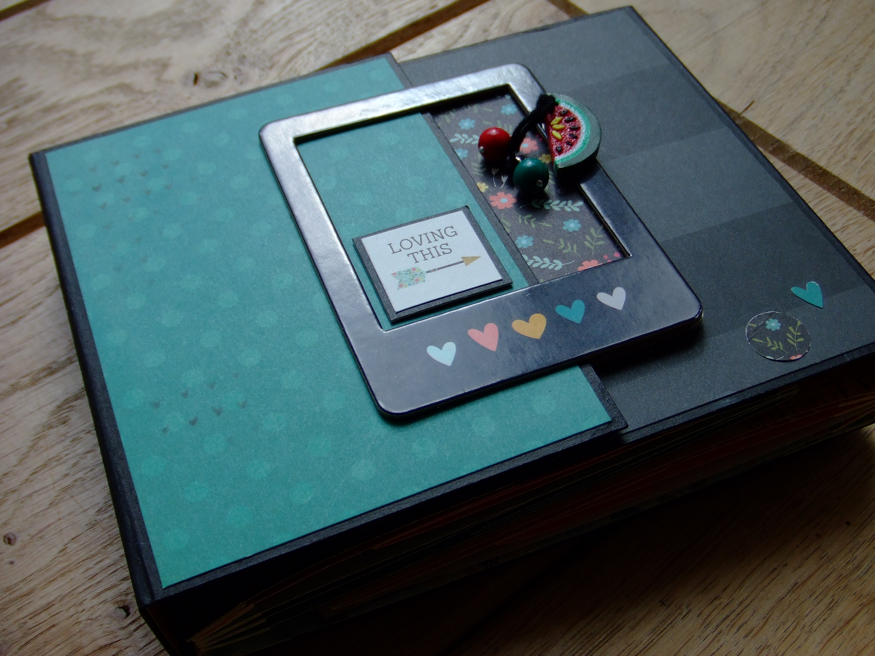 Projet d'atelier Loving This mini-album scrap scrapbooking couleurs-en-folie tuto tutoriel