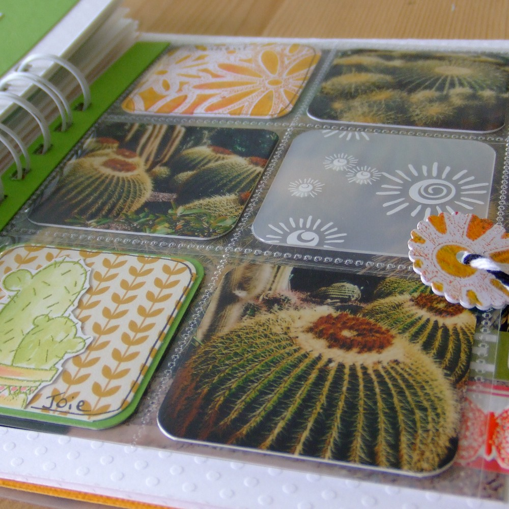 tutoriel mini-album Ô Soleil couleurs-en-folie kits mini-albums scrap scrapbooking atelier stage lille marcq-en-baroeul gelli-plate priplak photos-de-vacances