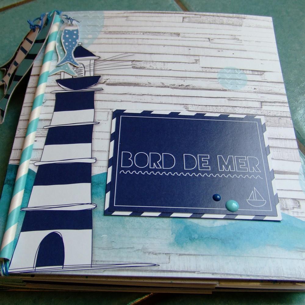 Tutoriel mini-album Bord de Mer couleurs-en-folie kits mini-albums scrap scrapbooking atelier lille marcq-en-baroeul aquarelle pochettes-en-plastique photos-de-vacances mer plage
