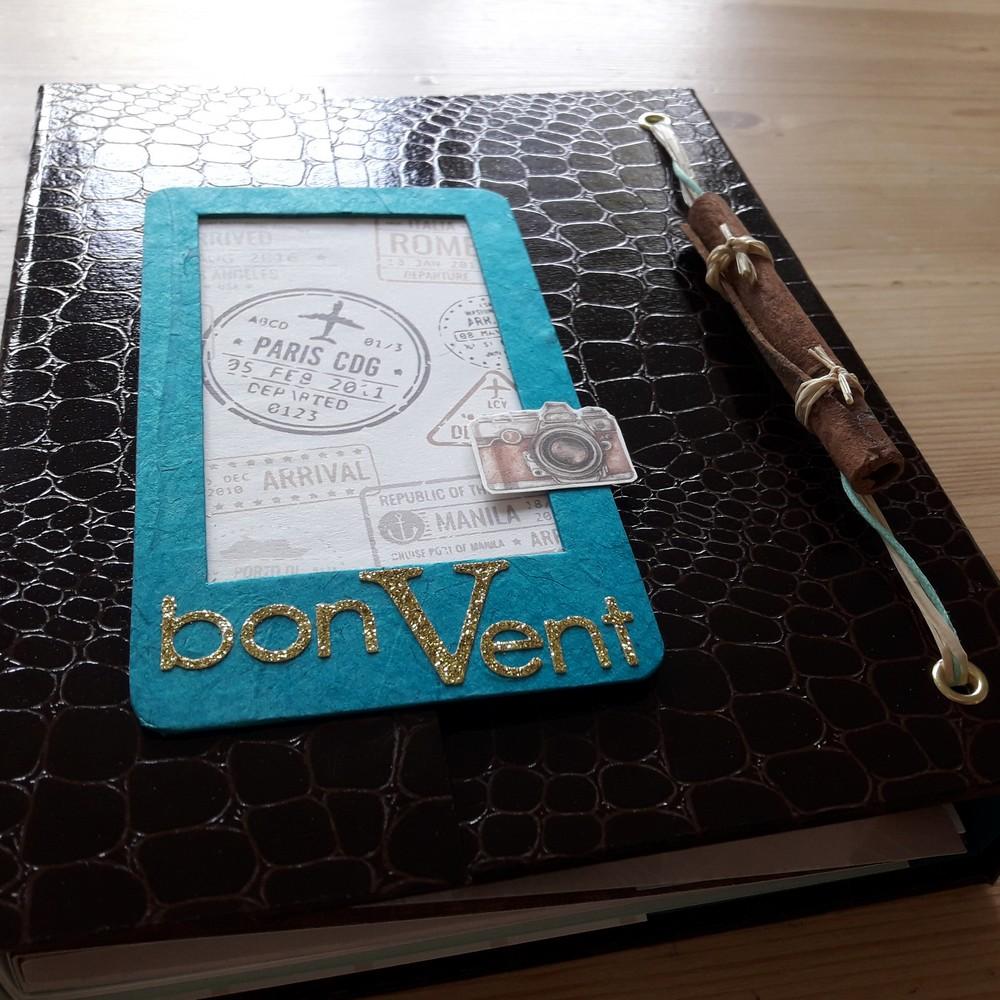 Tutoriel mini-album Bon Vent scrap scrapbooking mini-album couleurs-en-folie carnet-de-voyage road-book voyages vacances photos tampons isabelle-lafolie tutoriel tuto