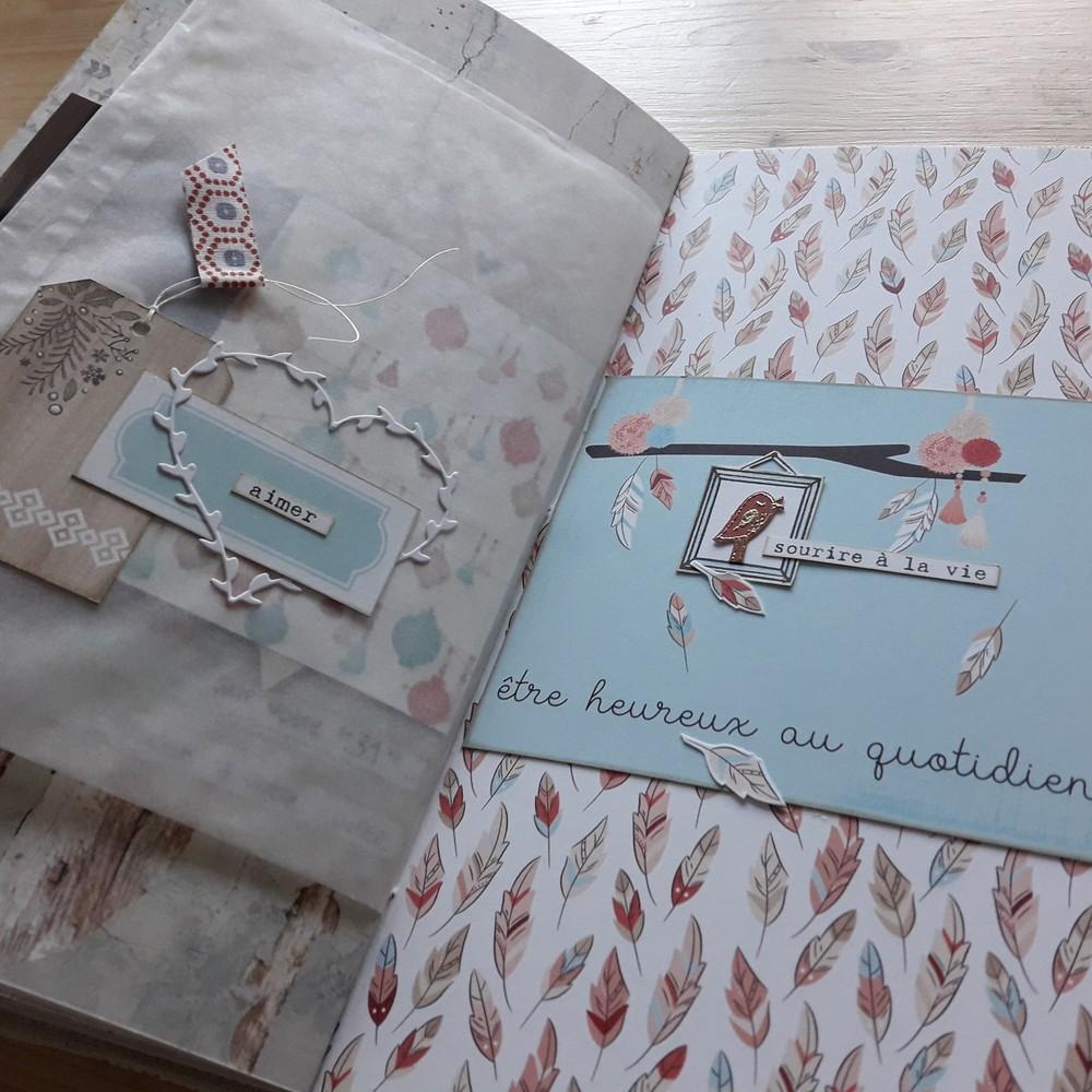 Kit mini-album Heureux ensemble scrap scrapbooking les-kits-de-couleurs-en-folie ateliers encres tampons photos-de-famille or dorure lille marcq-en-baroeul