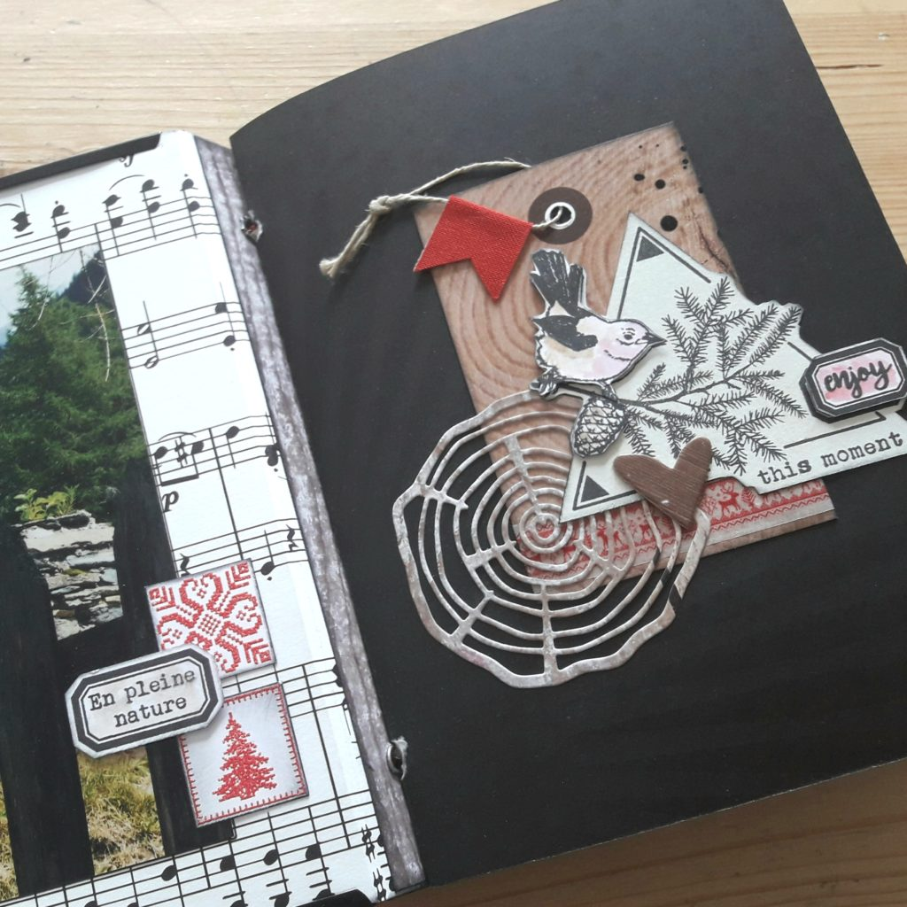 Tutoriel mini-album Meilleurs Moments couleurs-en-folie tuto tutoriel tampons tampon stamp-addict mini-album scrapbook les-kits-de-couleurs-en-folie marcq-en-baroeul france scrap scrapbooking