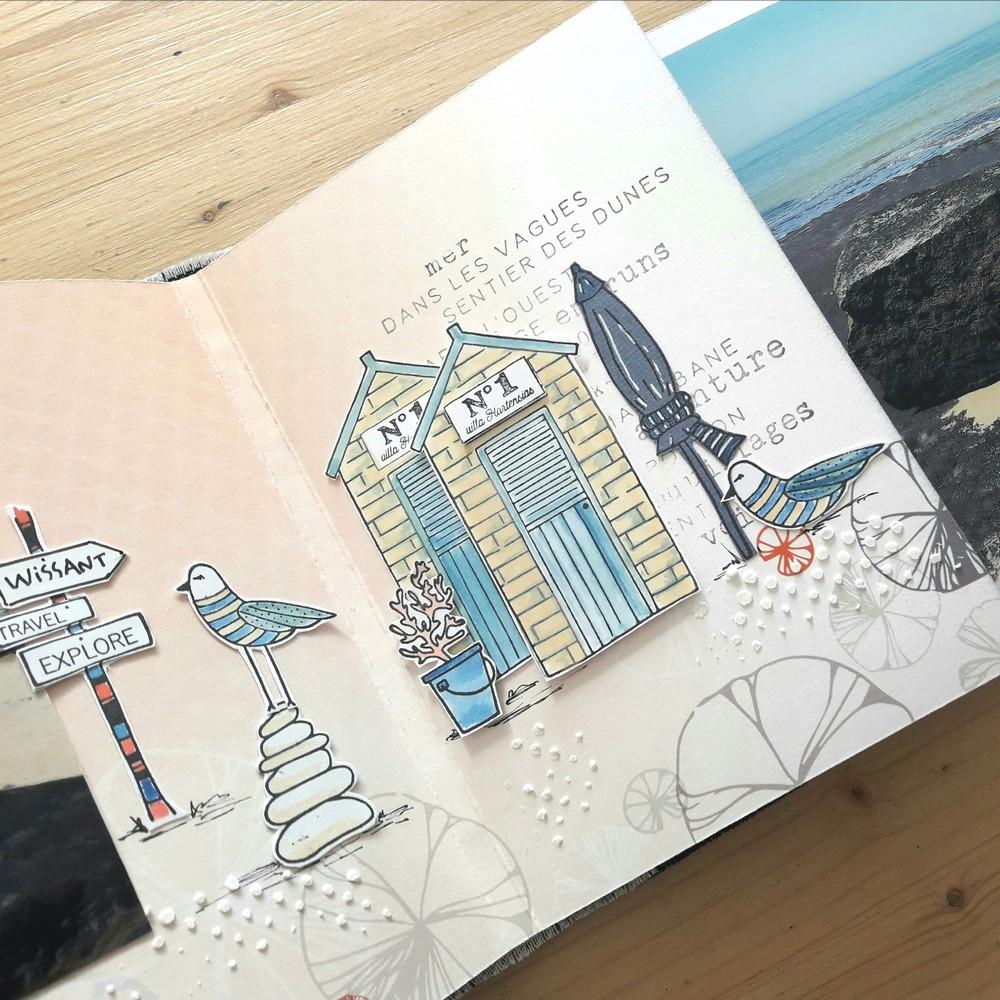Kit mini-album Détente et évasion kit scrap scrapbook scrapbooking couleurs-en-folie mini-album photos mer bateaux port plage océan tampons encres pochoir wepam