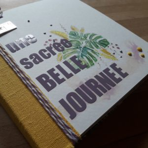 Kit mini-album Une sacrée belle journée scrap scrapbook scrapbooking album photos souvenirs vacances kit diy aquarelle lin les-kits-de-couleurs-en-folie couleurs-en-folie ateliers tampons encres