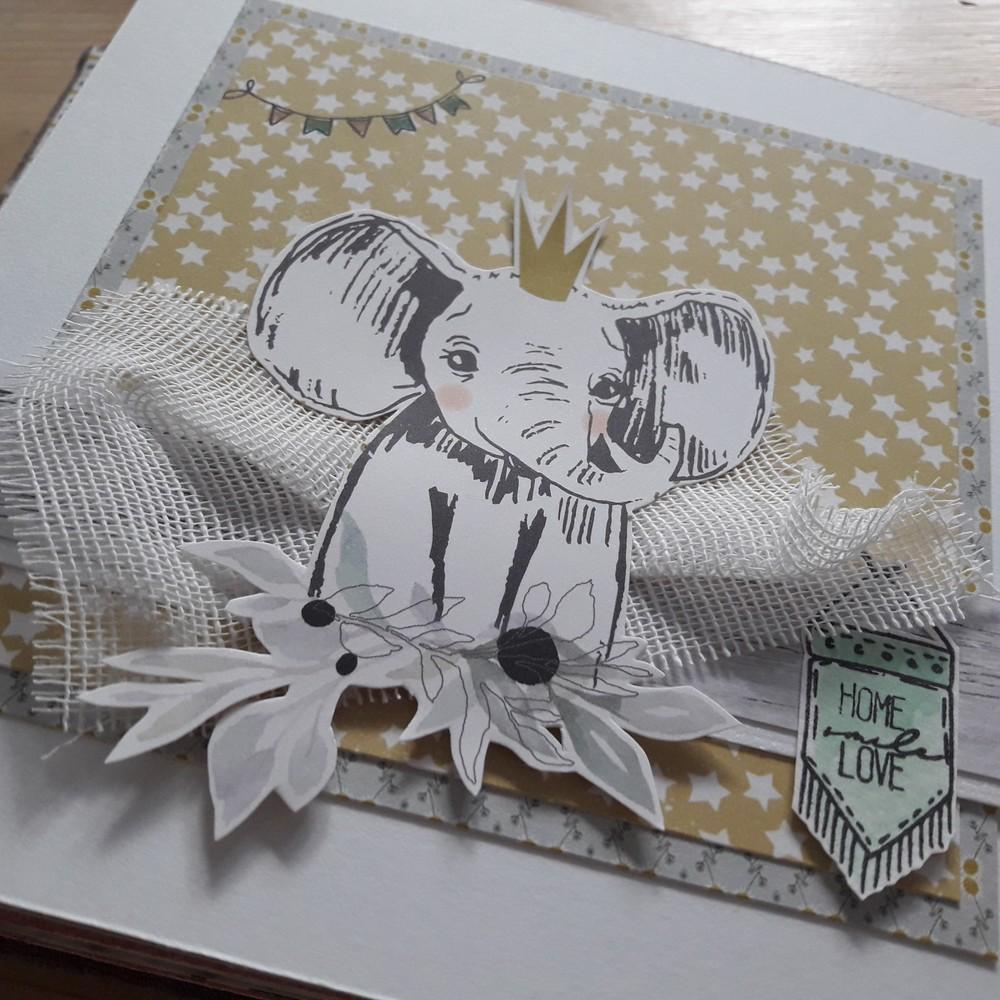 Kit coffret bébé Il était une fois Couleurs-en-Folie kit scrap scrapbook scrapbooking album naissance bébé enfance coffret cadeau tampons cartonnage douceur tendresse Isabelle-Lafolie