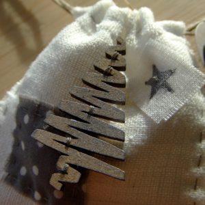 Tutoriel Calendrier de l'Avent et son sapin couleurs-en-folie isabelle-lafolie tuto tutoriel noël avent calendrier décor déco-de-noël gabarits enveloppes cadeaux